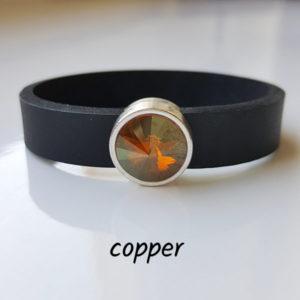 Armband aus Neopren mit bernstein-farbenem Glaselement in Schiebeperle Zamak versilbert.