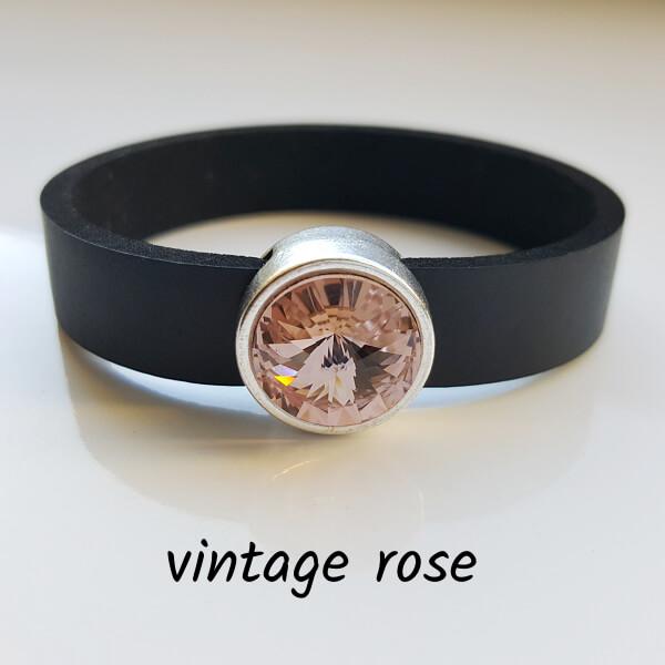 Armband aus Neopren mit altrosa-farbenem Glaselement in Schiebeperle Zamak versilbert.