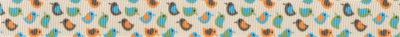 Auf beigem Untergrund: Viele kleine, jeweils 2-farbig gestaltete Vögel in den Farbtönen grün, blau, braun und orange verschiedenartig kombiniert.