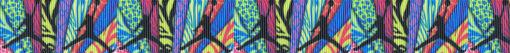 schwarz dargestellte Figur, die gerade eine Kugel hoch über ihren Kopf schwingt auf wild gemustertem, vielfarbigem Ripsbanduntergrund.