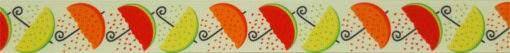 Aneinandergereiht fortlaufend 3 verschiedene Sonnenschirme mit den Kronen als Zitrone, Orange bzw. Melone.