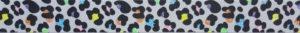 Im Niki de Saint Phalle -Stil gehaltene schwarze Kleckse mit verschiedenfarbigen innen- oder anliegendem Glitzergebilde auf grauem Ripsbanduntergrund.