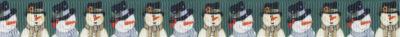 Schneemannpaar auf dunkelgrünem Ripsbanduntergrund.